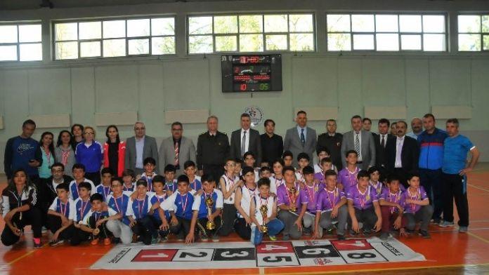 Akşehir 3. Geleneksel Çocuk Oyunları Sona Erdi