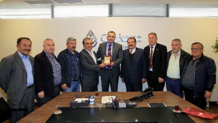Çankaya Belediye Başkanı Alper Taşdelen, Esnafı Makamında Ağırladı