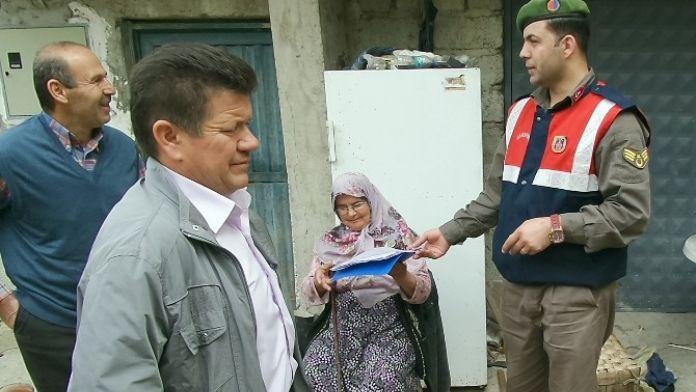 (Özel Haber) Jandarma Köy Köy Gezerek Halkı Hırsızlık Konusunda Uyarıyor