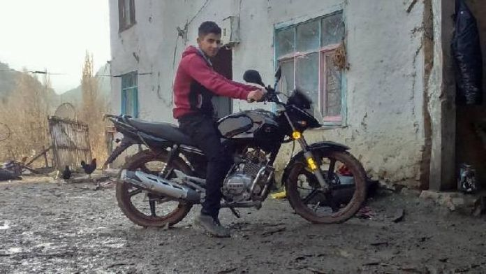 Motosikleti ile uçuruma yuvarlanan genç öldü
