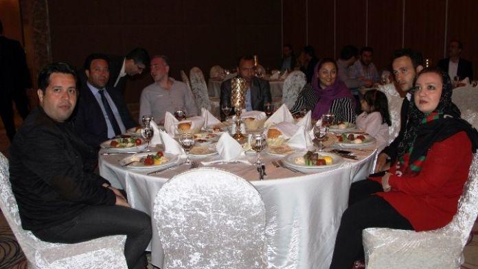 İran Heyeti Hilton'da