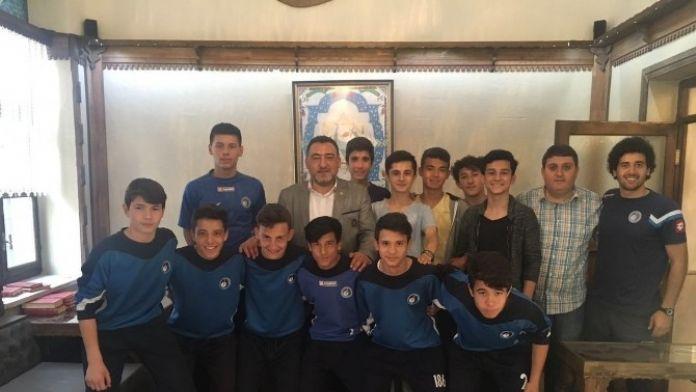 Şükrü Nazlı: Anadolu Aile Derneği'nin Gençlere Yönelik Faaliyetleri Örnek Alınmalı