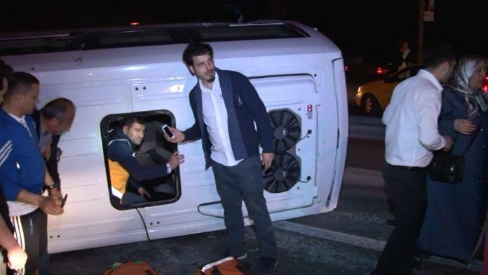 İstanbul'da düğün dönüşü feci kaza: 14 yaralı