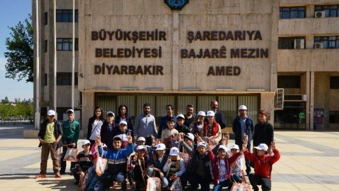 Kent Tanıtım Gezileri Surlu Çocuklarla Başladı