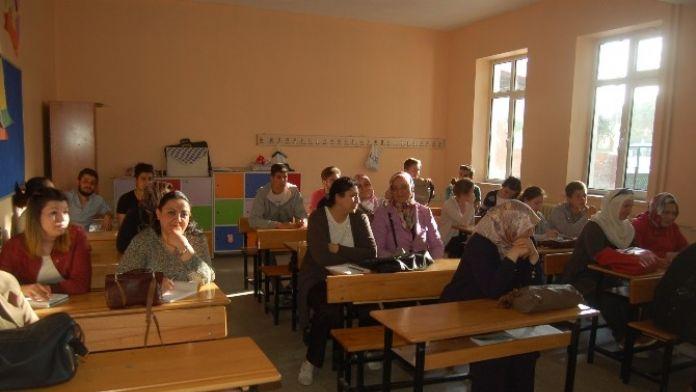 Lapseki'de Satış Görevlisi Kursu Açıldı