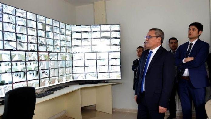 Vali Deniz: 'Türkgözü Sınır Kapısında Tır Kuyrukları Oluştu Haberi Asılsızdır'