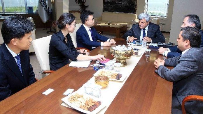 Başkan Karaosmanoğlu, 'Mesafe Uzak Ama Gönüller Yakın'