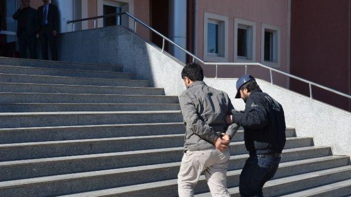 Viranşehir'de Terör Operasyonu: 15 Gözaltı
