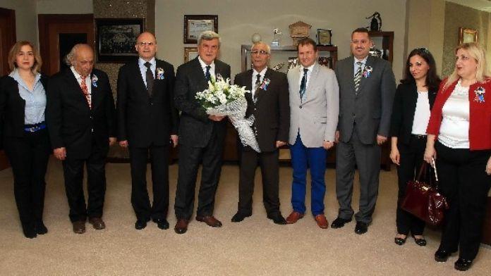 Başkan Karaosmanoğlu, Turizm Temsilcilerini Ağırladı