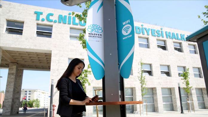 Bursa'da 'çevreci' internet erişim noktaları kuruldu