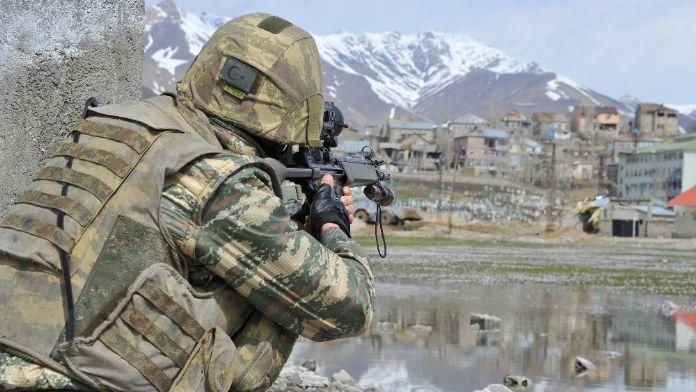 Genelkurmay: 16 terörist etkisiz hale getirildi