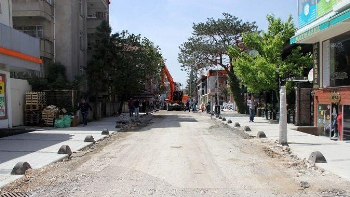 Şal Sokak'ın Altyapısı Yenilendi