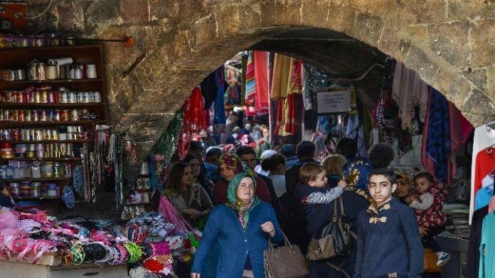 Trabzon'un Kalbinin Attığı Kemeraltı Turizme Kazandırılıyor