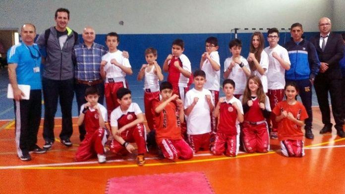 Mudanyalı Kickboksçular Türkiye Şampiyonası'nda Bursa'yı Temsil Edecek