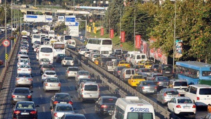 Havayı En Çok Dizel Ve Benzinli Araçlar Kirletiyor