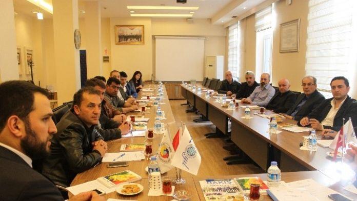 32. Motorlu Kara Taşıtları Ticareti Meslek Komitesi Genişletilmiş Toplantısı Yapıldı