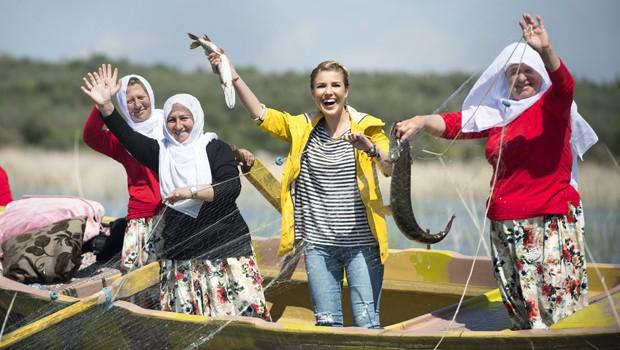 Gülben Ergen Gölyazı'nın Kadın Balıkçılarıyla