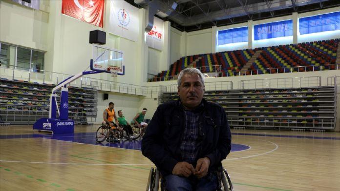 'Engelli başkan' iki takımda başarılara imza atıyor