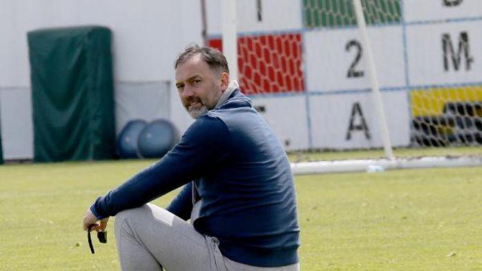 Trabzonspor teknik direktörü: 'Yönetimin projeleri heyecanlandırıyor'