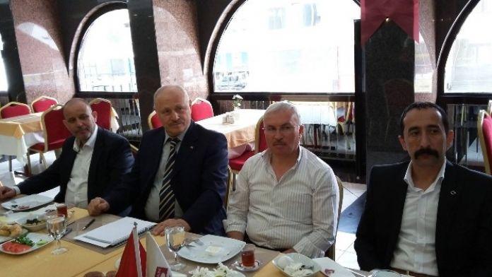 Eski Vali Çalışıcı, Akşener'in Programına Eskişehirlileri Davet Etti