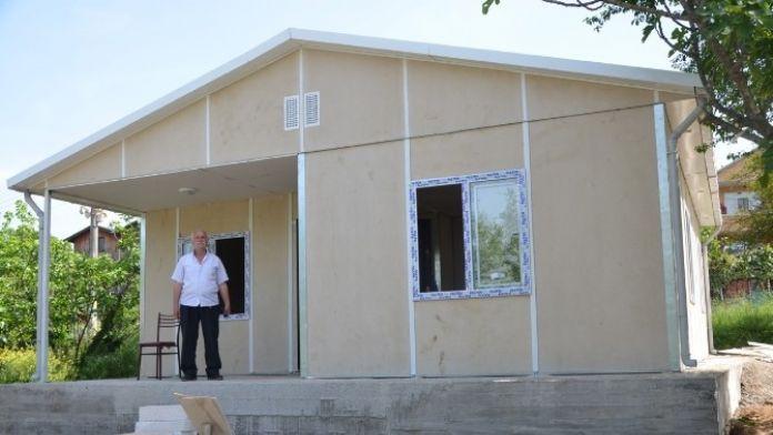 Kartepe Belediyesi, Bilgin'i Yeni Evine Kavuşturdu