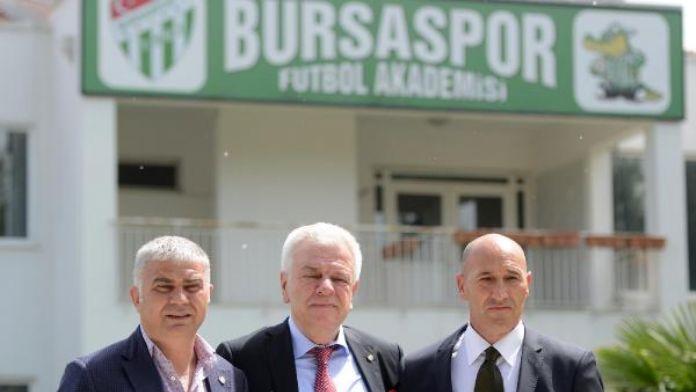 Bursaspor'da altyapı Adnan Örnek'e teslim
