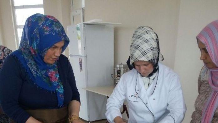Serdivan'da Dönemin Son Aşçılık Kursu Başladı