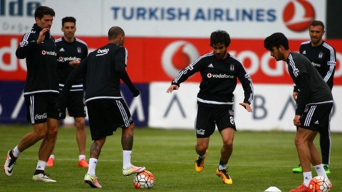 Beşiktaş, Akhisar sınavına hazırlanıyor