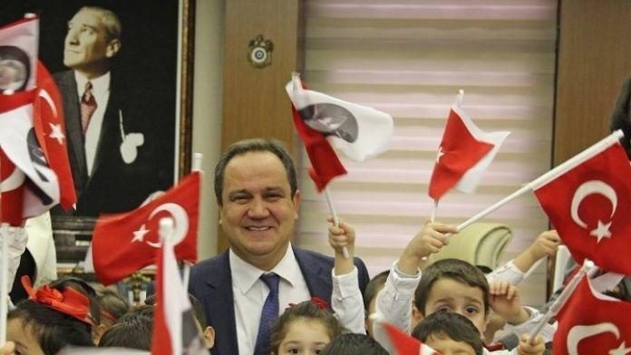 Giresun Belediyesi 23 Nisan'a Hazırlanıyor