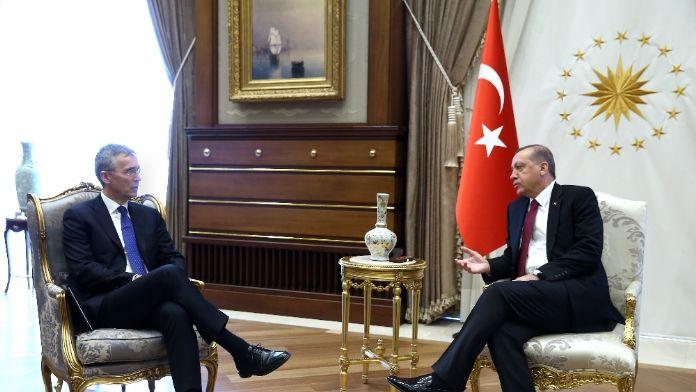 Erdoğan Stoltenberg'i kabul etti