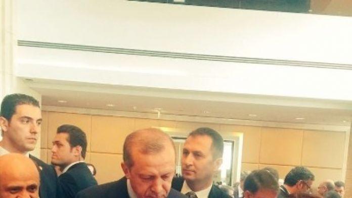Prof. Dr. Karabulut, Cumhurbaşkanı Erdoğan'a Kayısı Projesini Anlattı