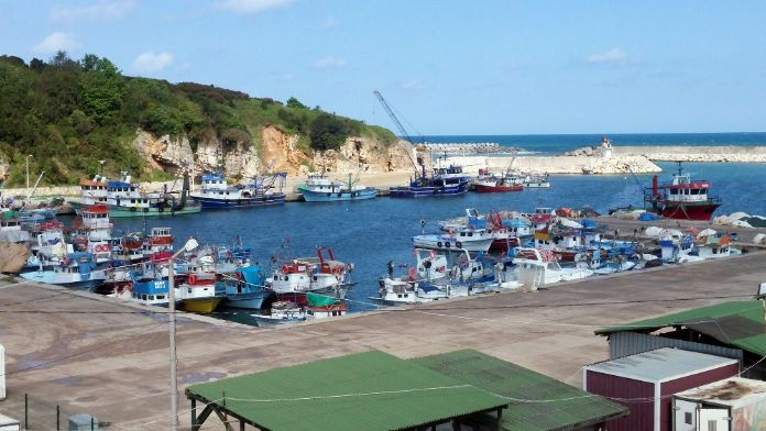 Balıkçıların köyünde bekleyiş sürüyor
