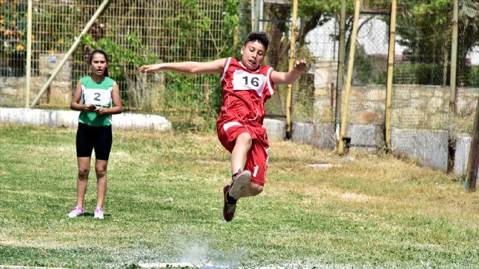 Turkcell Küçükler Atletizm Festivali'ne doğru