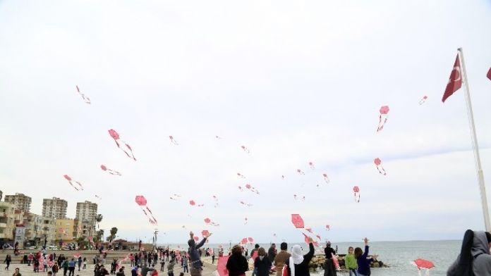 Erdemli'de Uçurtma Şenliği