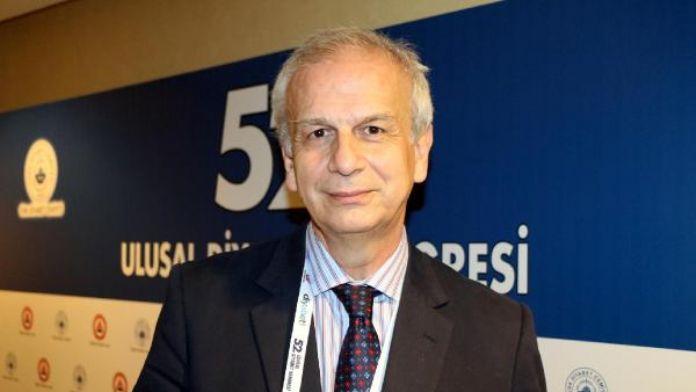 Profesör İlkova: 100 bin diyabetlinin yüzde 90'ı gereksiz yere insülin kullanıyor
