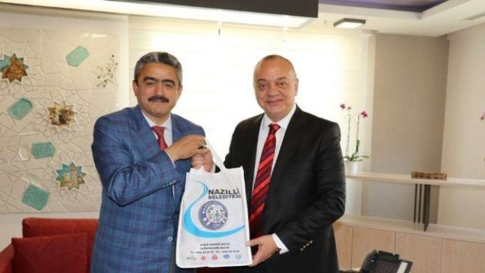 Başkan Alıcık, Manisa Büyükşehir Belediye Başkanı Ergün'ü Ziyaret Etti