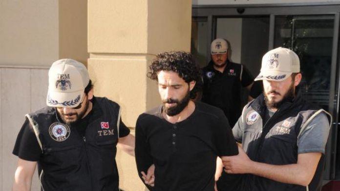 Adana'da IŞİD'e eleman kazandıran Suriyeli 2 kardeş tutuklandı