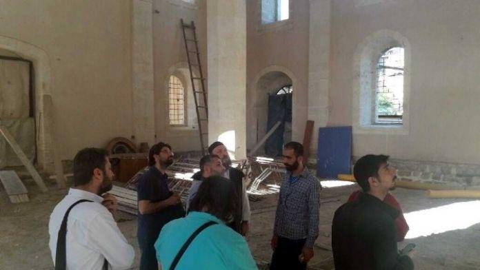 Hattatlar Adıyaman'ın Tarihi Camilerini Gezdi