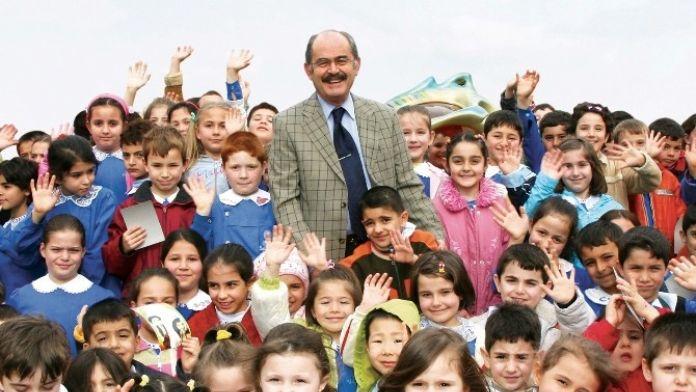 Büyükerşen'in 23 Nisan Ulusal Egemenlik Ve Çocuk Bayramı Mesajı
