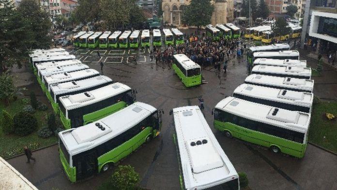 Düzce'de 11 Yeni Otobüs Daha Hatlara Çıkıyor