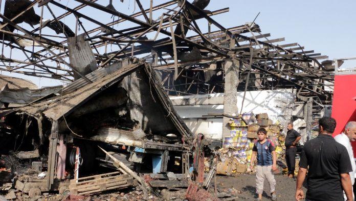 Camiye bombalı saldırı: 9 ölü