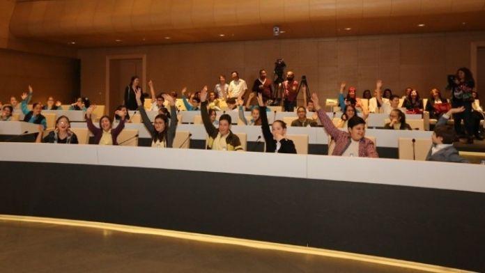 Nilüferli Çocuklar Barış Meclisi'nde Toplandı