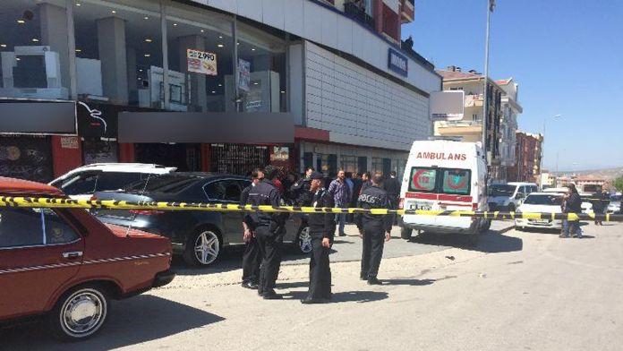 Başkent'te iş yerine silahlı baskın: 6 yaralı