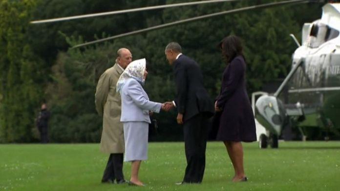 Obama çifti Kraliçe'nin goğum günü için İngiltere'de