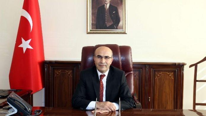 Vali Demirtaş'ın, 23 Nisan Ulusal Egemenlik Ve Çocuk Bayramı Mesajı