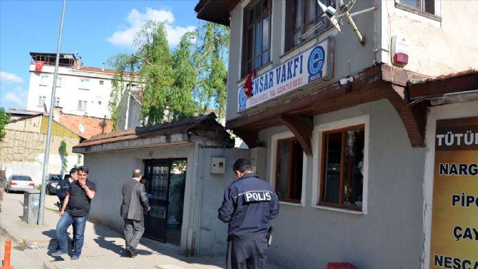 Ensar Vakfı İnegöl Şubesi'ne taşlı saldırıda bulunulması