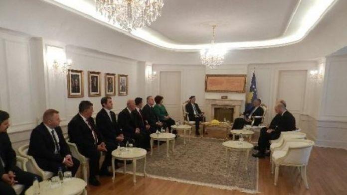 Cumhurbaşkanı Taçi, Mahir Yağcılar başkanlığındaki Türk toplumu heyetini kabul etti