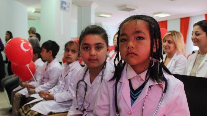 Malatya'da 'Bir Gün İçin Doktor' Etkinliği Gerçekleştirildi