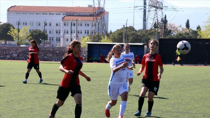 Okul Sporları Türkiye Gençler Futbol Şampiyonası