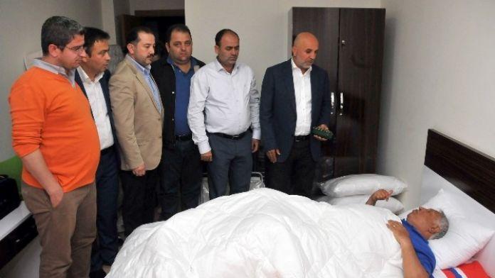 Hüseyin Kalpar'a 'Geçmiş Olsun' Ziyareti